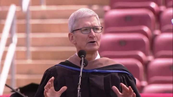 Den Verlust der Privatsphäre durch Unternehmen im Silicon Valley klagte Apple-CEO Tim Cook jetzt vor Absolventen der Stanford Universität an